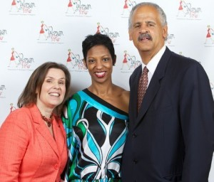 Vicki Irvin speaks on panel for the Women On Fire Retreat in Chicago with Debbie Phillips and Stedman Graham.